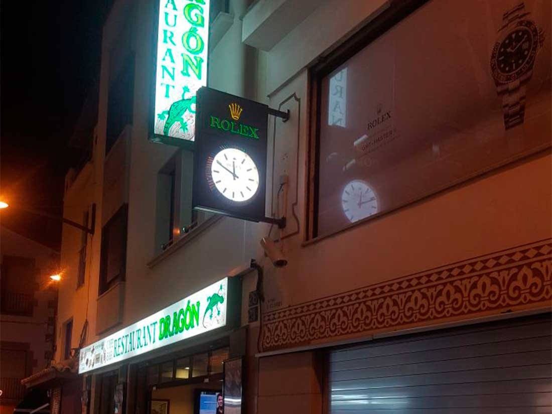 Rótulos Luminosos para fachadas en tiendas